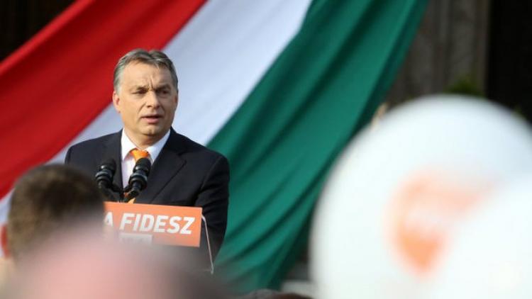 Střet civilizací, EU musí změnit migrační politiku. Z Polska a Maďarska přišly ostré reakce