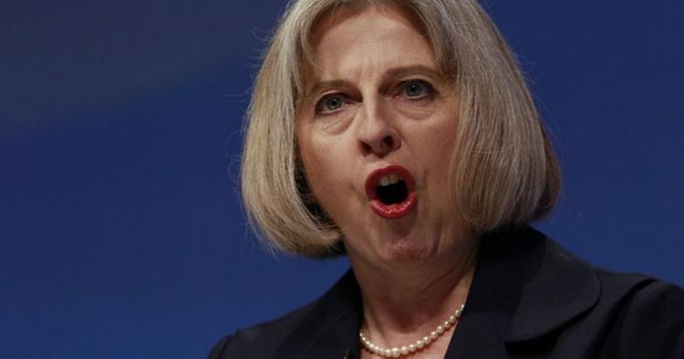 Ano, klidně dám povel shodit atomovku na nevinné civilisty, řekla nová britská premiérka