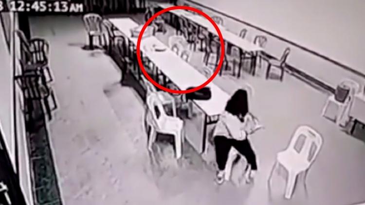 """Paranormální aktivity. 5 útoků """"duchů"""" zachycených na kamerách CCTV"""