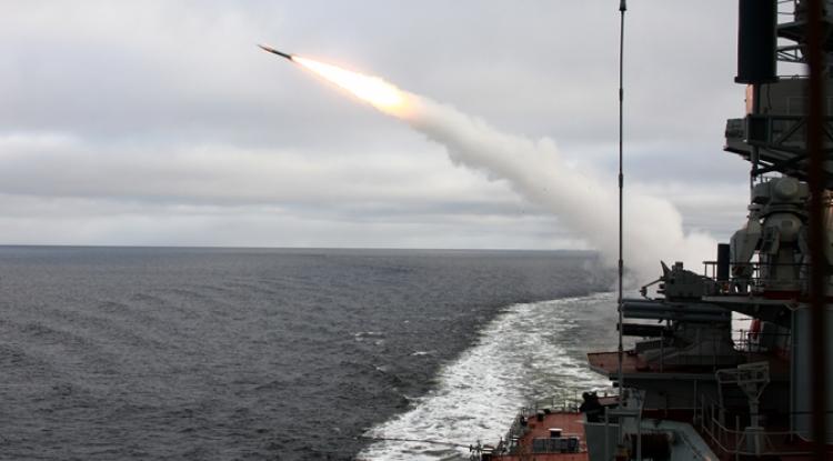 Američtí generálové jsou začínají být zoufalí. Rusko nyní vyslalo do Sýrie vskutku strašlivou sílu