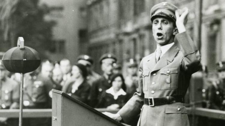 Rodina nacisty Goebbelse vlastní majetek za miliardy. Víte, že ji patří téměř polovina firmy BMW?