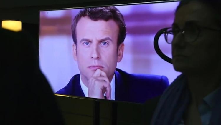 Na tyto informace je cenzura. My vám je přinášíme. Odhalené emaily nového francouzského prezidenta...