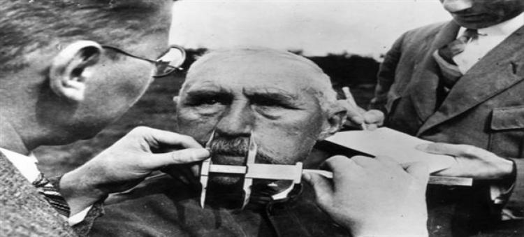 Pravda vyšla najevo. Děsivé americké kořeny nacistické eugeniky