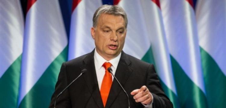 Orbán trvá na antiuprchlické politice: Brusel nebude diktovat, kteří tři imigranti mají žít v Budapešti