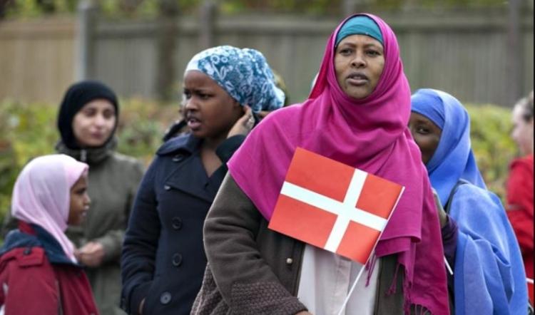 Dánsko zcela zastavilo přijímání uprchlíků